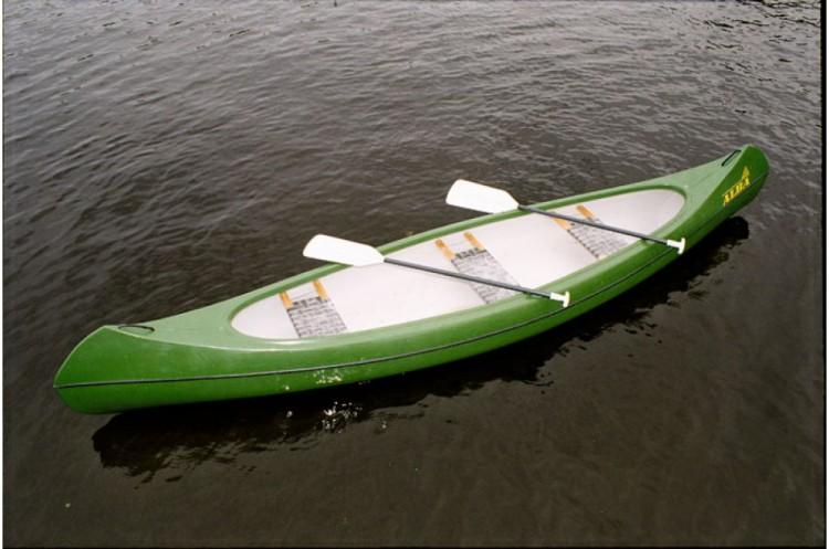 туристические лодки и байдарки