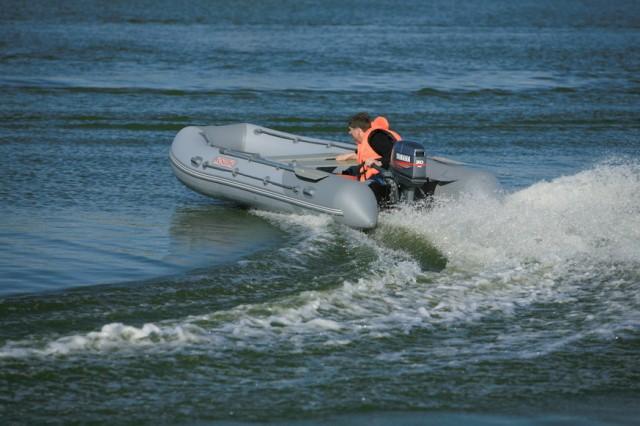 лодка пвх касатка 385 с мотором тохатсу 18